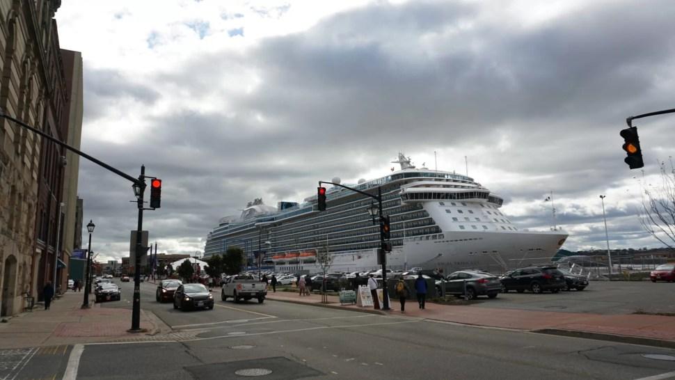 Crucero Princess Regal en el puerto de Saint John