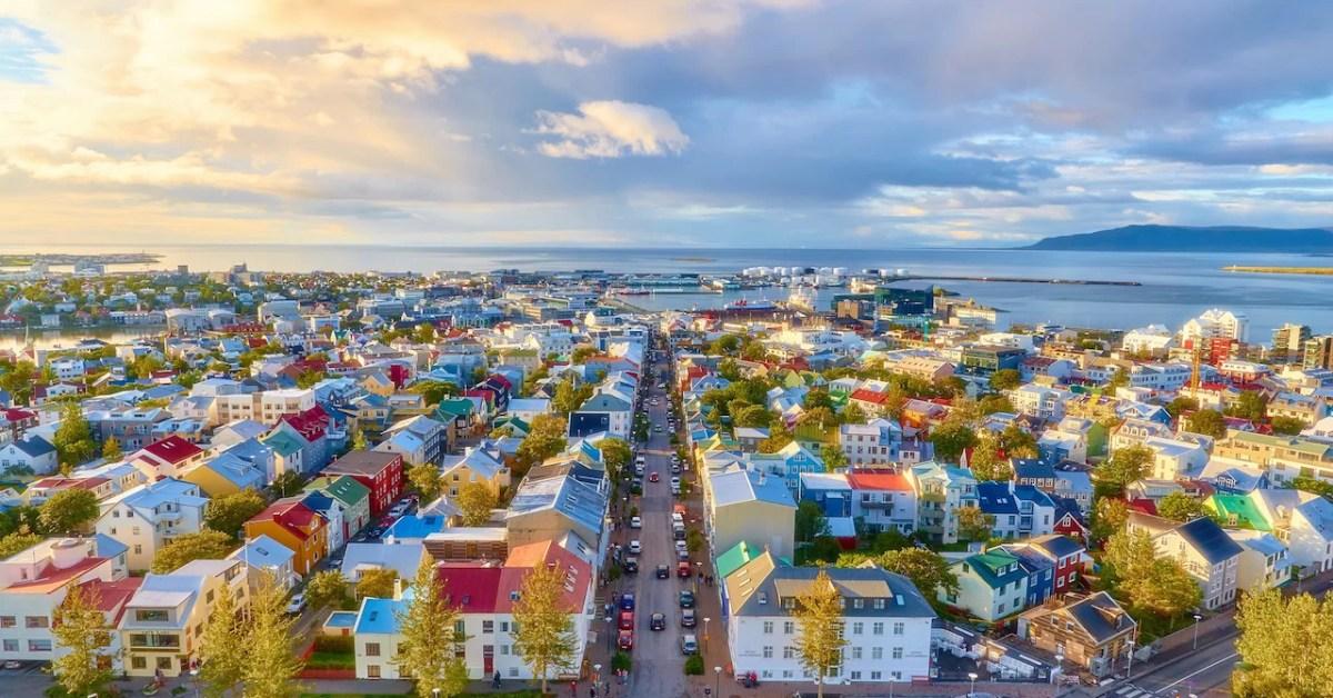 Islandia y las politicas para evitar la sobreturistificación