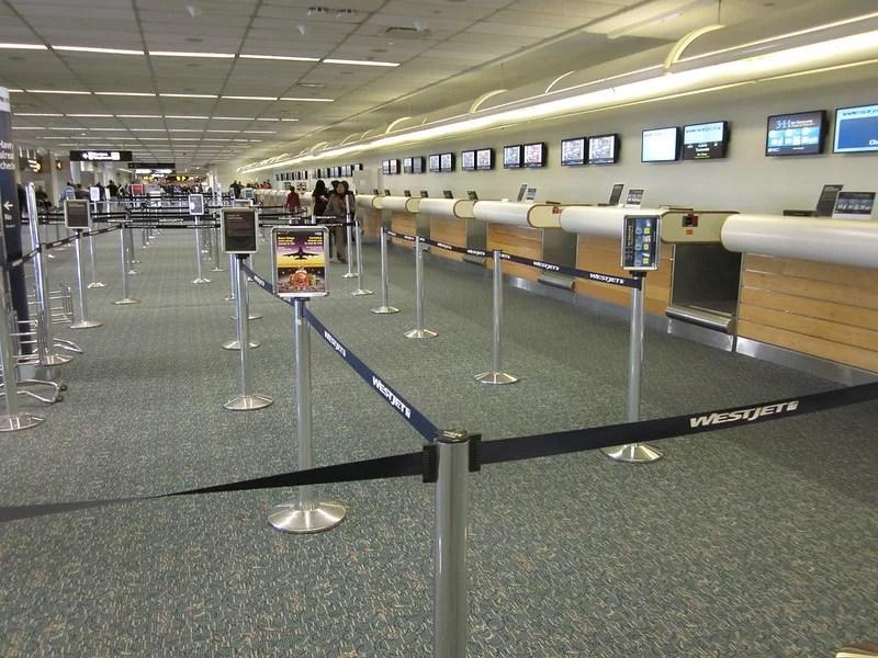 Aeropuerto vacío