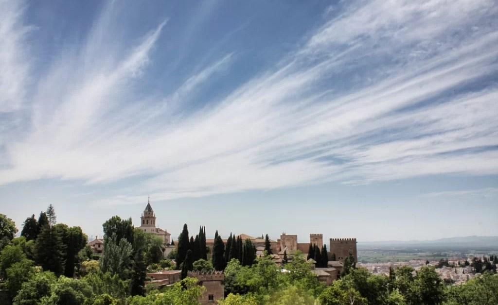 Crónicas de Granada y La Alhambra