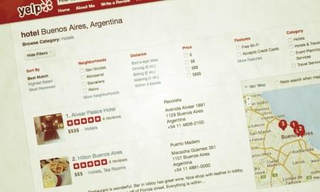 Yelp entra al mercado de reservas hoteleras