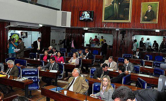 Se Ricardo quiser, TCM será aprovado até com voto da oposição