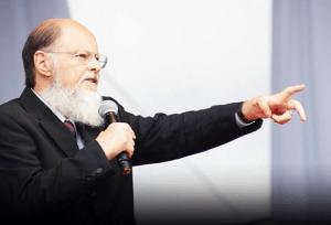 Obstinação: Edir Macedo muda paradigmas da TV brasileira