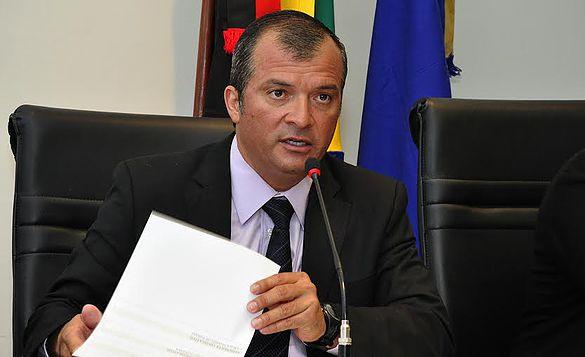 Trócolli defende aliança com PSB, diz que é amigo de Manoel Júnior, mas afirma que amizade tem limites