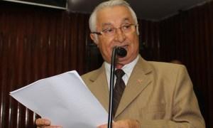 Frei anastácio anuncia saída da bancada de oposição na AL