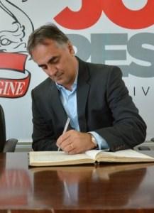 Cartaxo assina ordem de serviço para urbanização do acesso ao Bairro São José