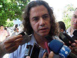 """Veneziano diz que vai processar procurador de CG que o chamou de """"Veado"""""""