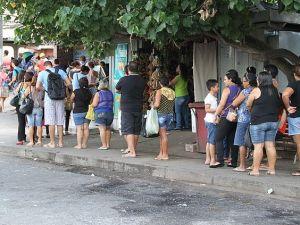 Aumento: Passageiros de ônibus de JP formam filas para recarregar cartão de passagens