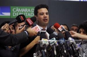 Picciani indica Veneziano Vital para vice-líder do PMDB em retribuição ao voto, afirma colunista