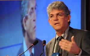 Ricardo Coutinho recebe primeiro relatório da Câmara de Conciliação