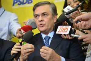 Cássio aposta em 350 votos pelo impeachment e confirma apoio dos tucanos ao governo Temer