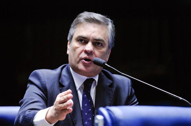 Cássio lamenta desistência de Lira e diz que senador tem honrado compromissos com a Paraíba