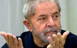 Supremo adia julgamento sobre nomeação de Lula para ministro