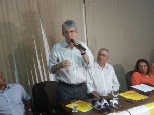 """""""A vida é feita de reencontros"""", afirma RC após reconciliação com Nonato Bandeira"""