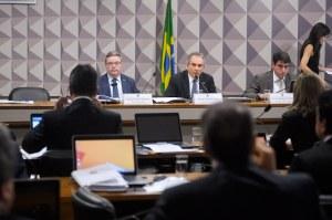 Senadores destacam atuação de Raimundo Lira na Comissão do Impeachment