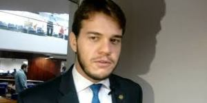 Sondado para vice de Romero, Bruno defende nome fora do grupo político