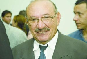 """Expedito nega possível apoio de Berg Lima em caso de novas eleições em Bayeux: """"Quero distância dele"""""""