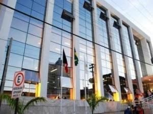 Coligação de Cida protocola denúncia de nepotismo contra Cartaxo no MP