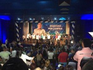 Na convenção, Bolinha critica grupos familiares que se revezam em CG