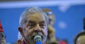 Polícia Federal indicia Lula e Marisa no caso do tríplex de Guarujá