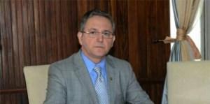 Juiz determina retirada de propaganda de Cida que associa Cartaxo a lesma