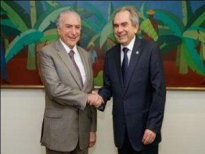 Raimundo Lira discute com Temer liberação de empréstimos para Paraíba
