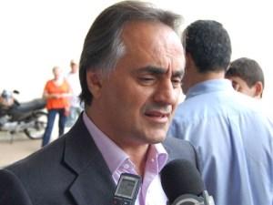 Cartaxo evita comentar apoio a Marcos Vinícius e diz que mais importante é a unidade da bancada