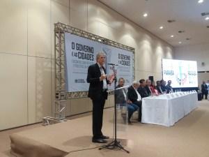 RC diz que encontro com prefeitos é espaço para encontrar soluções para crise e não ato político