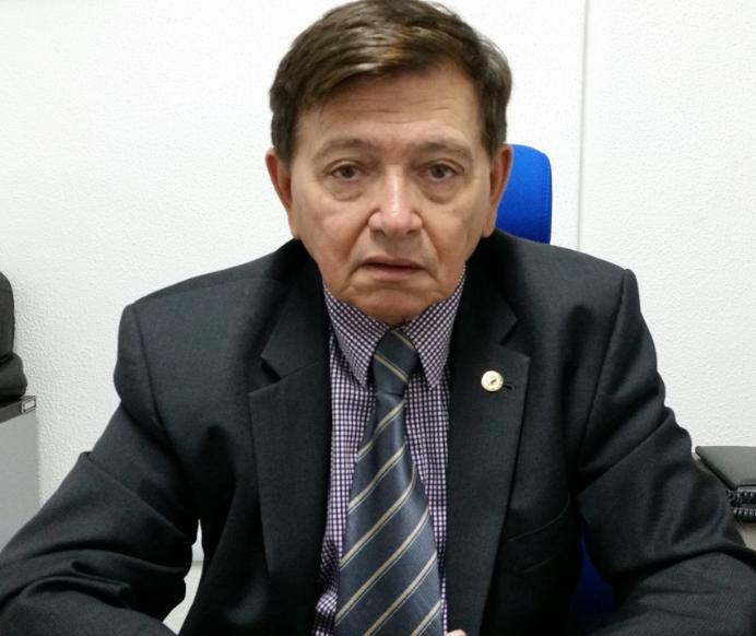 João Henrique critica quebra de acordo dos deputados que reconduziram Estela à CCJ