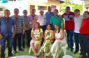 Ricardo Barbosa reúne jornalistas e políticos em almoço de confraternização