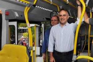 Cartaxo reduz tarifa aprovada por Conselho e fixa passagem de ônibus em R$ 3,20