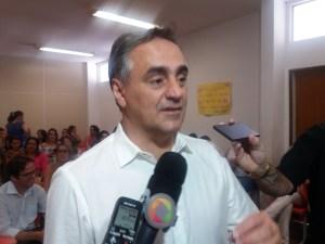 """Cartaxo critica oposição por antecipação das eleições: """"Prioridade é as pessoas"""""""