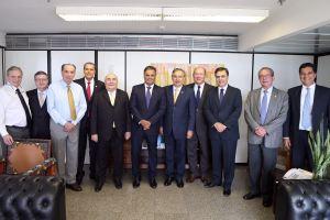 Por aclamação, Cássio é indicado pelo PSDB para vice-presidência do Senado