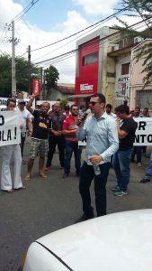 Cartório ignora protesto e constutores vão denunciar descaso à corregedoria de Justiça