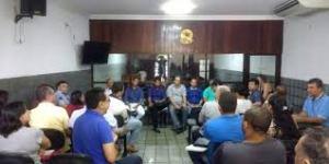 Construtores de Santa Rita fazem protesto contra serviços prestados por cartório na cidade