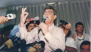 Em forma de poesia, Cássio Cunha Lima faz homenagem ao pai; ouça