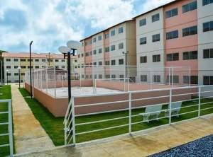 Cartaxo comemora cem dias de governo com entrega de conjunto habitacional