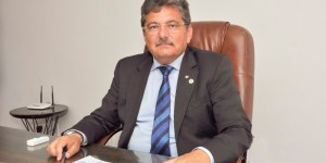 Adriano Galdino vai presidir sessão de posse dos deputados e eleição da Mesa da ALPB; saiba porquê