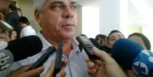 Rosas defende RC para Senado e acredita que PSB define até outubro sucessor Ricardo