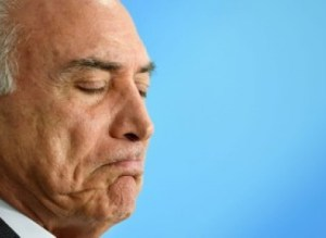 Michel Temer renunciará ainda hoje, diz colunista de O Globo
