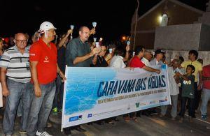 Procissão com velas encerra caravana da Frente Parlamentar das Águas