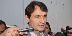 Cotado para assumir PSDB, Romero defende nome que não dispute cargo em 2018
