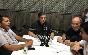 Cuité: Cássio diz que protesto contra ele em emissora de rádio foi orquestrado pelo PSB