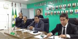 Após pedido de vista, vereadores adiam decisão sobre cassação de Luiz Antônio