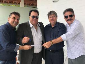 Na Granja Santana, Aníbal Marcolino assina ficha de filiação ao Avante