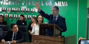 Vereadores se reúnem com Luiz Antônio e aconselham renúncia do prefeito interino