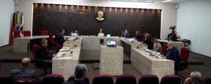 TCE rejeita embargos e mantém liminar que suspendeu empréstimos do Empreender