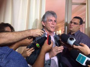 Ricardo convida Cartaxo para debater permanência do grupo Ferreira Costa em JP
