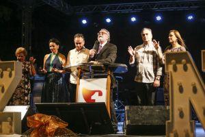 Luciano Cartaxo participa do Culto de Natal da Primeira Igreja Batista de João Pessoa