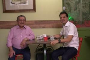 """VÍDEO: No """"Café com Política,  Maranhão diz que elogios de Ricardo a ele não são gratuitos"""